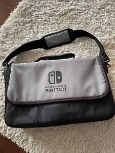 Official Nintendo Switch - Everywhere Messenger Bag + Slim Case - Black