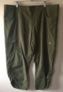 Woolrich Women Army Green Cotton & Nylon Hiking Capri Pants Size 10 (38x21)