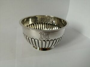 An Antique Victorian Solid Sterling Silver Sugar Bowl - WH&S, London, 1895 -117g
