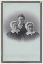 CDV Foto Portrait - junge Frauen mit Tracht-Haube   (F88)