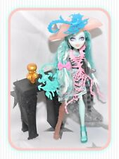 ❤️Monster High Vandala Doubloons Haunted Student Spirits Outfit Furniture Doll❤️