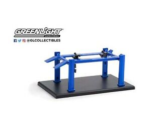 Greenlight 1:64 Auto Body Shop Series 1 - Four-Post Lifts Blue 16100 A