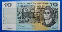 AUSTRALIAN UNC 1967 $10 COOMBS RANDALL R302 CRISP FLAT PAPER NOTE *HIGH VALUE*