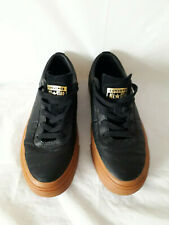 MENS CONVERSE LEATHER ALL STAR LOW TOP TRAINERS - BLACK/GUM/GOLD - SIZE 5