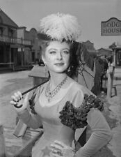Gunsmoke photo 286 Amanda Blake