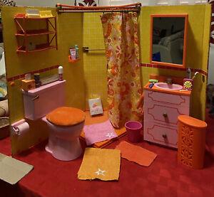 American Girl Doll Julie Groovy Flower Bathroom With Accessories Clean