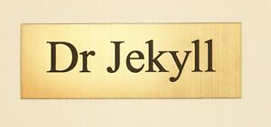 """""""NAME OR TITLE"""" BRASS EFFECT PERSONALISED ENGRAVED SIGN  COLOUR OPTIONS"""
