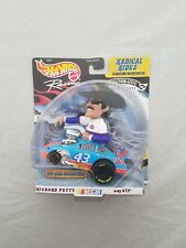 Hot Wheels Racing 1/43 Radical Rides Richard Petty #43 STP Nascar Diecast