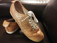 Tory Burch Sneakers Shoes Size 7.5 Logo