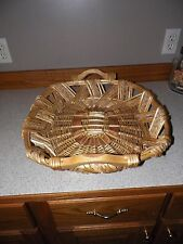 """New listing Vtg Beautiful Unusual Oval Wicker Basket with handles Huge 22"""" x 18"""" x 6"""" Unique"""