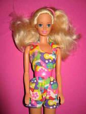 B398-vieja rubio vintage BARBIE en coloridos overall dress n Fun #10776 mattel 1993
