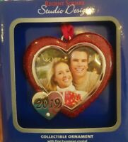 Regent Square 2019 Year Date HEART Shaped PICTURE FRAME Christmas Tree Ornament