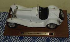 BURAGO ALFA ROMEO 2300 SPIDER BIANCA 1:18 BASE IN LEGNO  (1932) AUTO TOY
