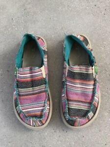 sanuk slip on kids shoes, size US 3,
