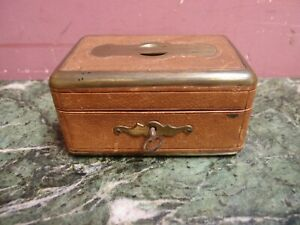 SMALL ANTIQUE VICTORIAN LEATHER & BRASS BOUND TRINKET JEWELLERY BOX c.1900