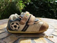 niedliche Babyschuhe Lauflernschuhe Sneaker von Geox Gr.22 - Fußball