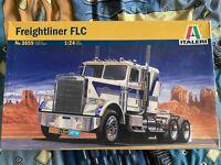 1/24 Scale Vintage Italeri Freightliner- New