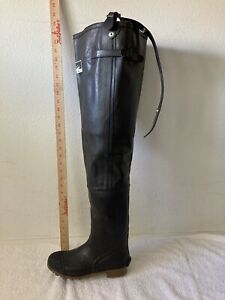 NEW ITASCA DARK DARK BROWN INSULATED RUBBER HIP WADERS IN BOX  MENS 6 WOMENS 8
