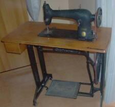 Macchina per cucire SINGER degli anni '50 perfettamente funzionante vintage