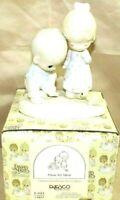 """PRECIOUS MOMENTS by Enesco 1979 Piece E-3113 Collectible 5.5"""" Porcelain Figurine"""