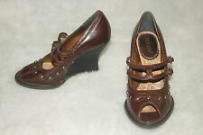 KENZIE ~ Brown Leather Sexy Peep Toe Wedges Sz 6M * VERY GOOD COND.