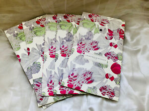 Lot 5 Crabtree & Evelyn London Botanical Flowers Style Print Paper Bag