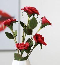28858 Foam Flower Rose rot mit 5 Blüten und Blättern mit grünem Stiel 90cm Lang