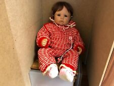 Monika levenig vinilo muñeca 60 cm. top estado