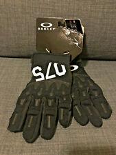 Oakley Overload Glove 2.0 Color Black Size L $50