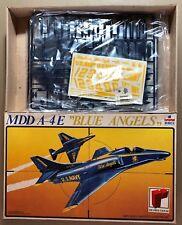 """ESCI 4024 - MDD A-4 E """"BLUE ANGELS"""" - 1/48 PLASTIC KIT NUOVO"""