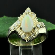 14k Solid yellow gold  Natural Diamond and Pear shape Opal ring 0.94 ct
