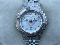 Roxy Quiksilver Ladies Watch Date Calendar Analog Silver Tone Wrist Watch