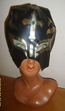 Casco Máscara de PVC negro con Guerrero Medieval Caballero Cruzado Disfraz Elaborado Vestido