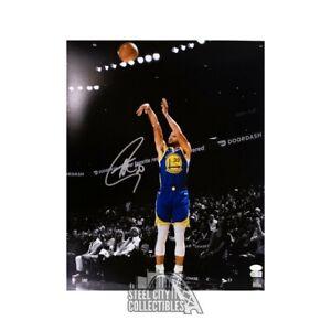 Stephen Curry Autographed Golden State Warriors 16x20 Photo - JSA COA (Vertical)