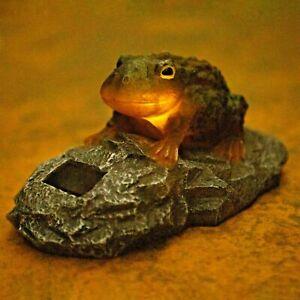Light Up Solar Resin Frog Garden Ornaments Pond Decor Garden Decorations Toad
