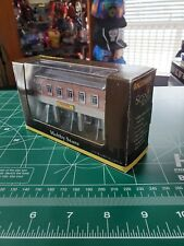 1:160 N Scale Bachman Scene Scapes Hobby Store False-Front Resin Building