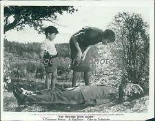 1955 The Trouble With Harry Original Press Photo Shirley MacLaine Edmund Gwenn