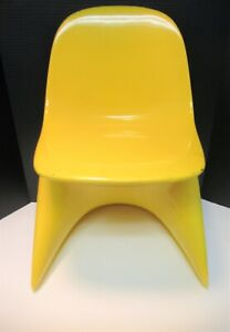 CASALINO I YELLOW CHILD SIZED CHAIR MOD STYLE GOOD CONDITION SEE PICTURES