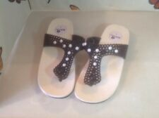 Lovely Ladies Hibiscus Black Flip Flops With Small Wedge, Size 4 New Shop  Clear