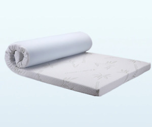 Soft Memory foam mattress topper with bamboo fabric cover  7 cm thick King size