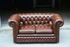 Chesterfield Zweier Club  Sofa in Whiskey Braun direkt aus England