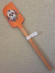 Williams Sonoma Day of Dead Skull Flower Halloween Orange Spatula Wood Handle