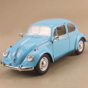 1967 Volkswagen Classical Beetle Pastel Blue 1:24 17cm Die-Cast OLP Model Opens