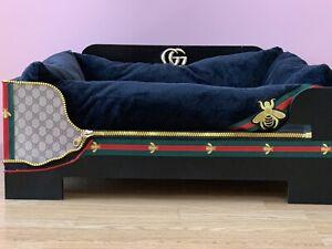 Unique Dog Bed.GG.