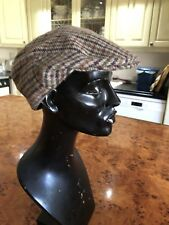"VINTAGE STYLE FLAT CAP TWEED BROWNS CHECKS HAT SIZE 7 CIRCUMFERENCE 22"" 55.9 CM"