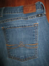LUCKY BRAND Size 2 / 26 x 30 Sweet'N Low Boot Stretch Med Blue Denim Jeans Women