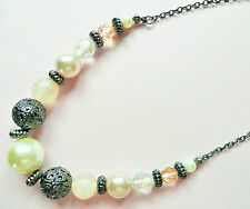 ACCESSORIZE NECKLACE_LARGE PEARL, BEAUTIFUL FACETED BEADS AND LARGE METAL BEADS