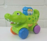 Fisher Price Crocodile 2008 Mattel Push Pop  Moves Along Childrens Toy