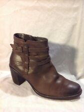 Clarks Brown Ankle Leather Boots Size 8D