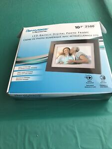 "Panimage by Pandigital LED-Backlit Digital Photo Frame 10.1"" Screen 2500 Photos!"